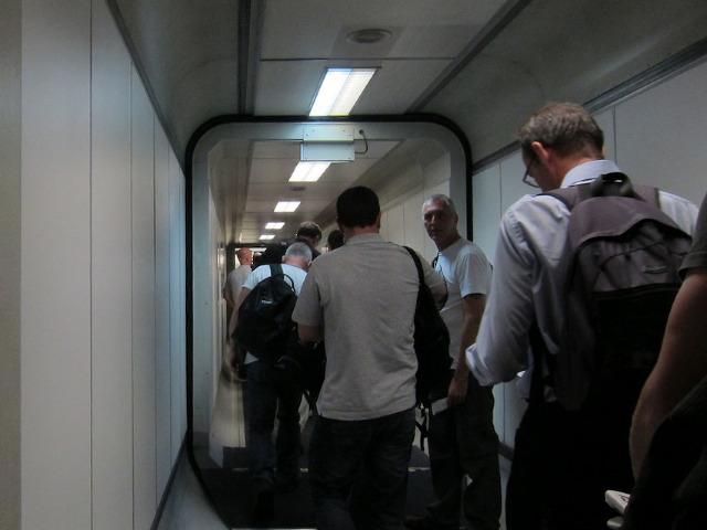 Flying_boarding-queue