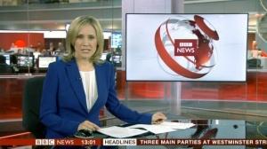 TVNews_Seated@Desk