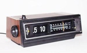 radio-flip-clock